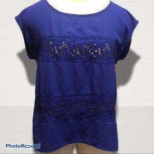 AMERICAN EAGLE AEO blue sleeveless blouse / tee
